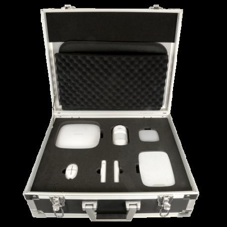 Kit de demostración en maleta Ajax. Incluye: 1 HUB, 1 PIR, 1 Contacto magnético, 1 Mando, 1 Sirena interior
