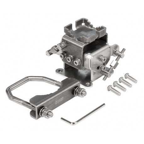 Adaptador de montaje en poste para Mikrotik serie LHG, permite el ajuste tanto vertical como horizontalmente.