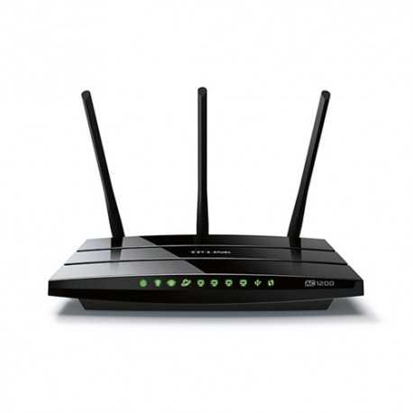 Router AC 1200 Mbps, 2,4/5Ghz, x4 Gb, x1 USB y x3 antenas