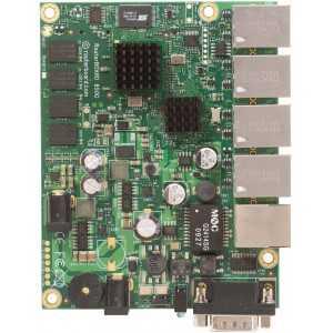 Routerboard 2 Cores a 533Mhz, 128Mb de RAM. RB850GX2